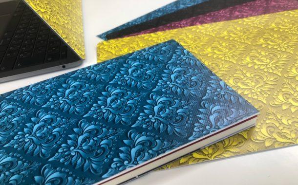 新製品のご案内「貼れるブックカバー」
